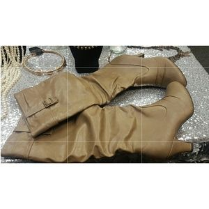 Rampage Camel Boots Size 11, (NWT)
